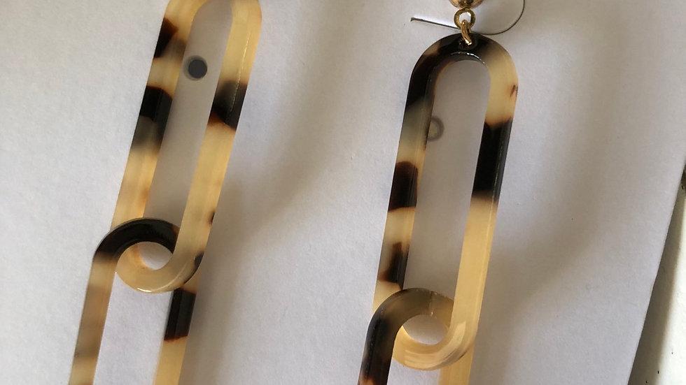 Link Tortoiseshell Resin Necklace