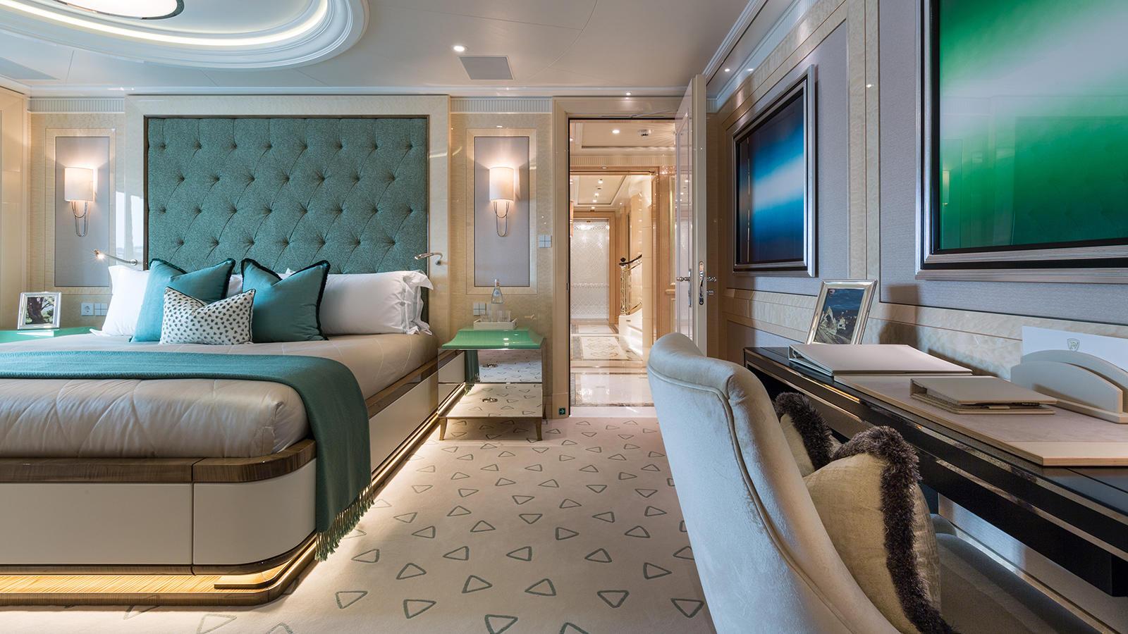 rdJoFQZwSwOPfk0VCjx4_Plvs-Vltra-Amels-LE242-yacht-guest-cabin-credit-Jeff-Brown-1600x900