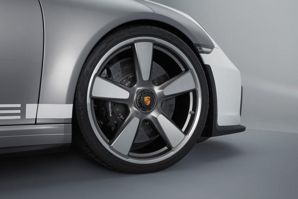 porsche-911-speedster-concept-2