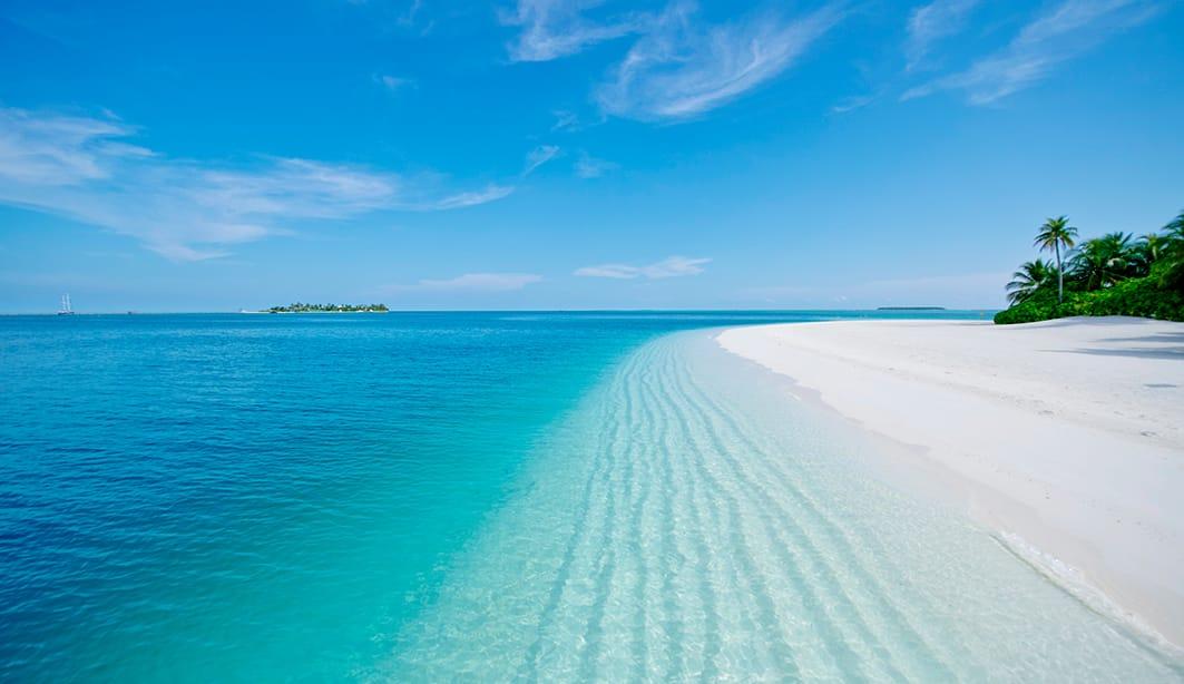 beach-1063x614
