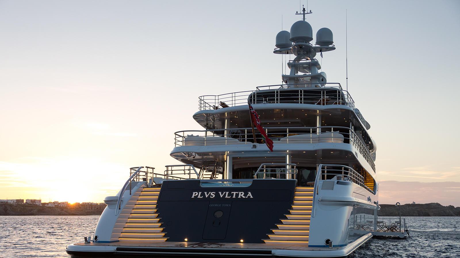 5em9sLThQrOAFvs3TMdK_Plvs-Vltra-Amels-LE242-yacht-aft-view-credit-Jeff-Brown-1600x900