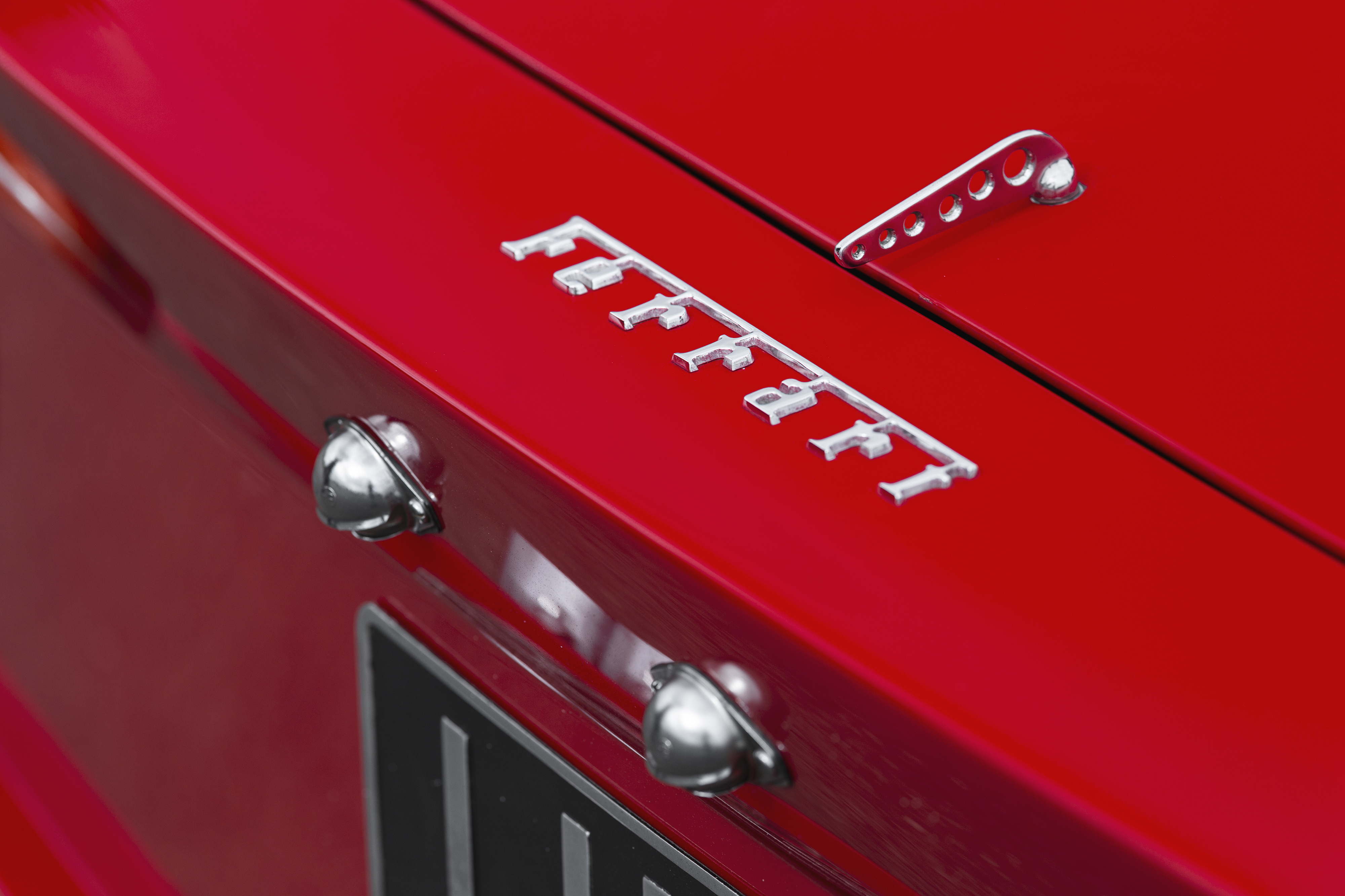 1962-Ferrari-250-GTO-by-Scaglietti_13