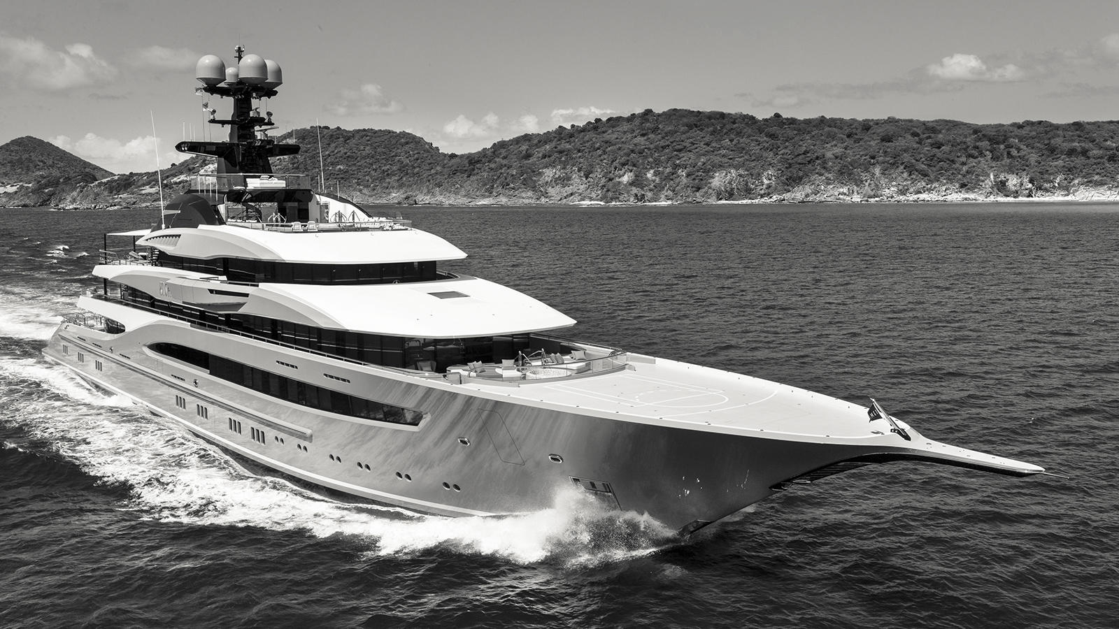 nXipwHpjSgGwf75baQxH_Kismet-super-yacht-lurssen-shahid-khan-95-metres-credit-guillaume-plisson-runni