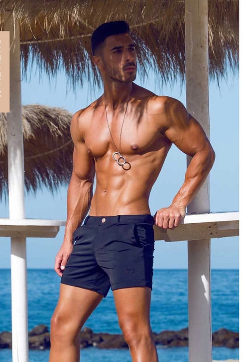 Multi shorts  black.