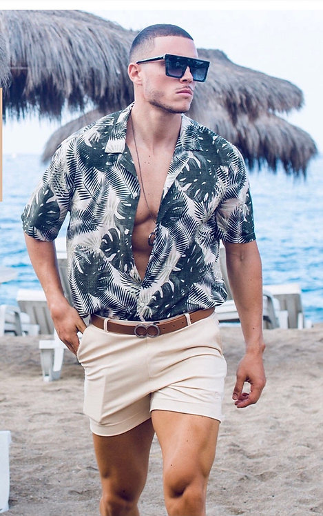 Multi shorts sand.