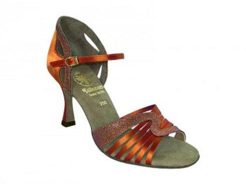 726   Dámská taneční obuv Latina