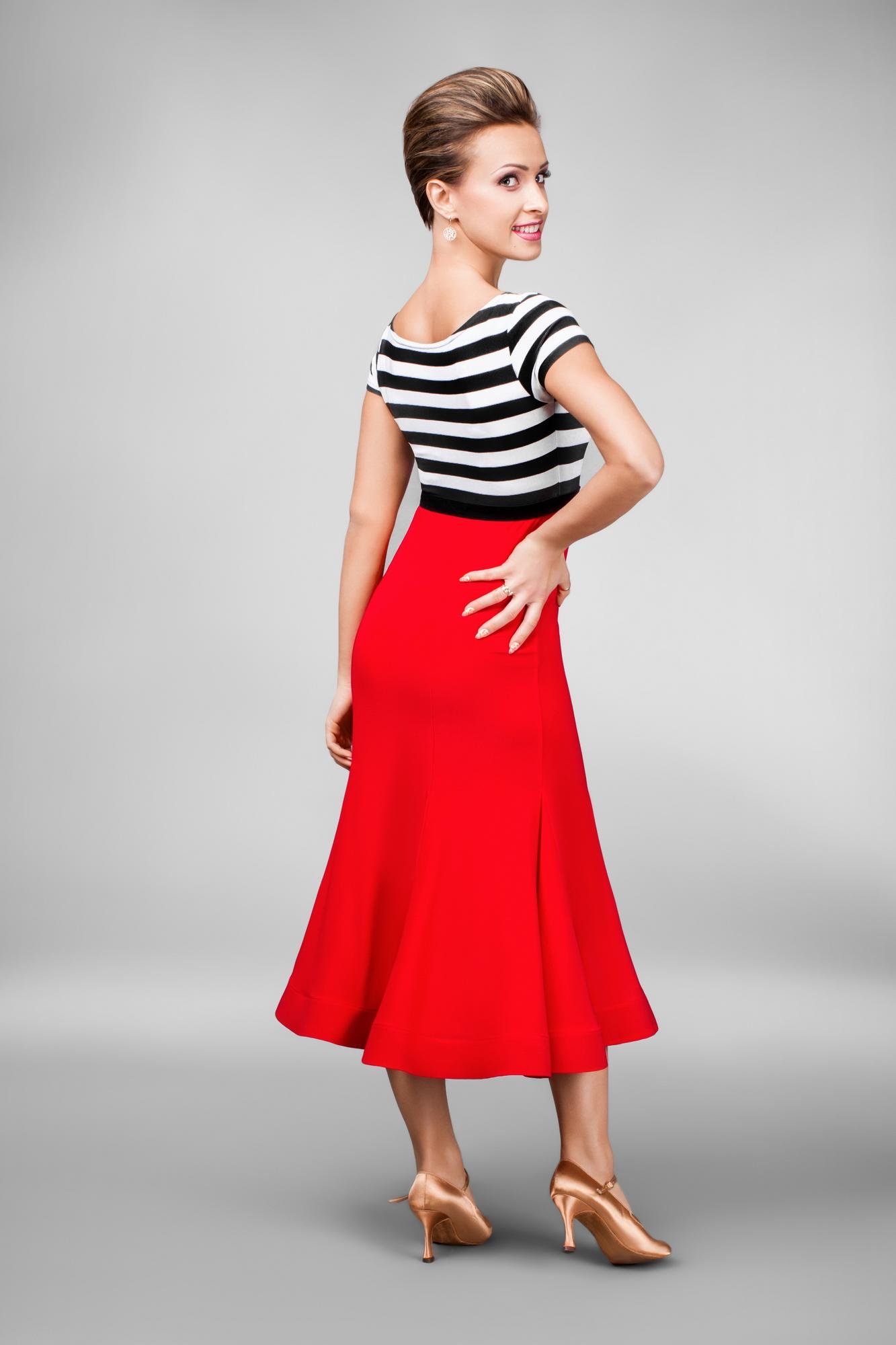 a257a5be0588 Módní trendy tanečních šatů   trend č. 4