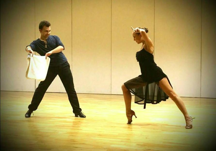Taneční oblečení Praha, oblečení Vegadance, taneční sukně, půvabné taneční oblečení