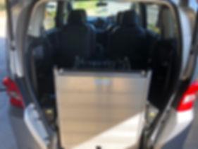 福祉車両写真8.JPG