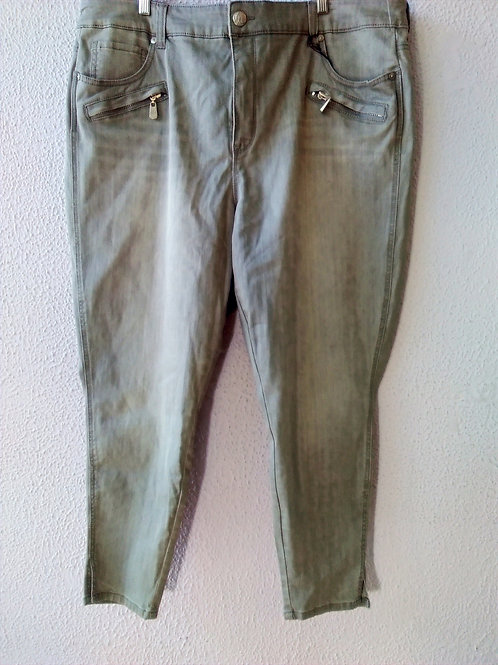 Melissa McCarthy for Seven7 Grey Pencil Jeans *NWT*  Size 24W