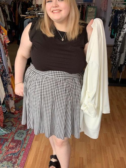 Torrid Stretchy Skirt w/ pockets sz 4x