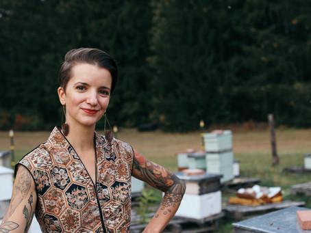 Beeing Radical | Angela Roell