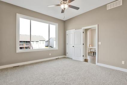 2681 S Prescott St Wichita KS-large-019-