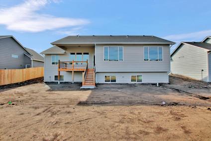 2681 S Prescott St Wichita KS-large-040-