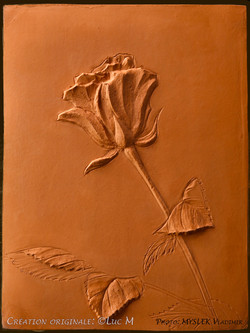 Bas relief Roses Luc M 3305