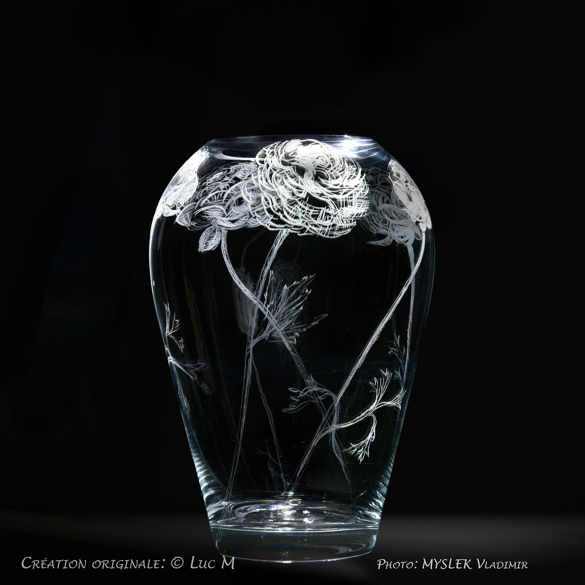 Vase gravé avec Roses - Luc M - 3504n