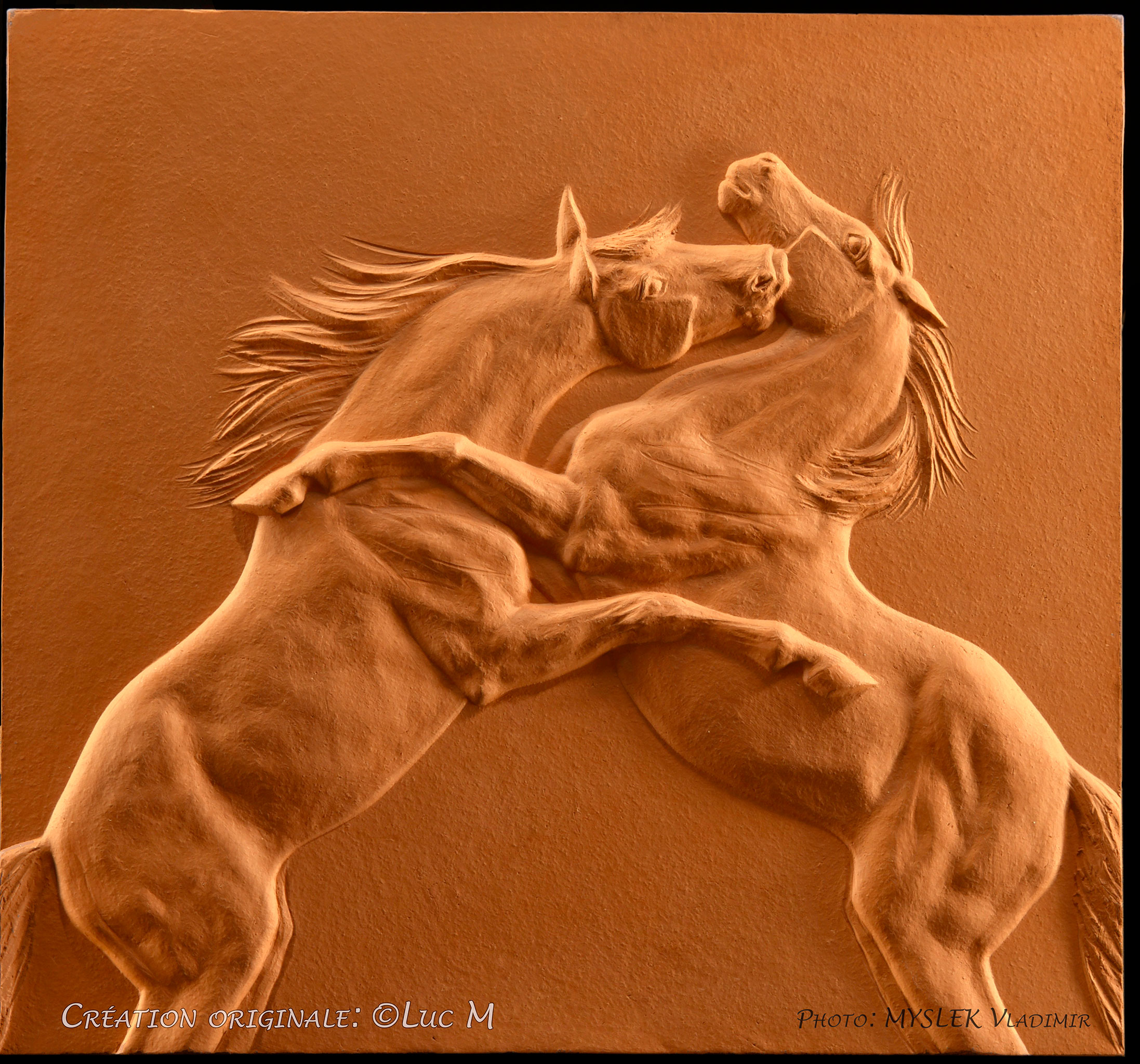 Bas Relief Chevaux LUC M 3285