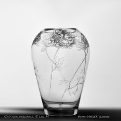 Vase gravé avec Roses - Luc M - 3504b