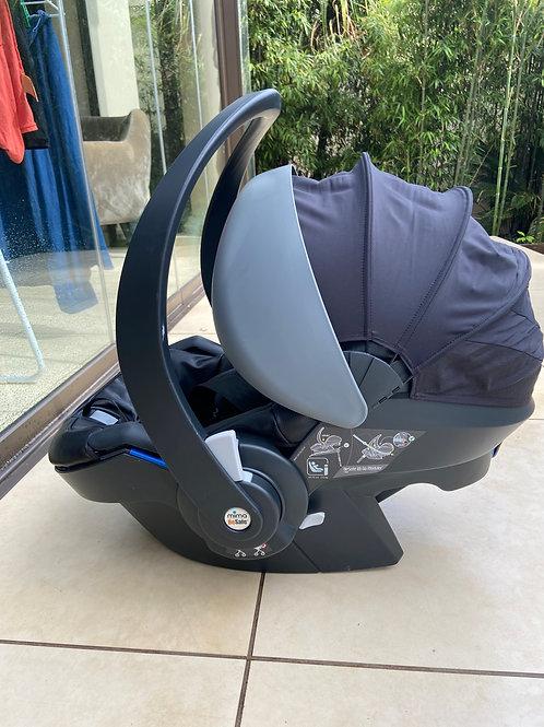 Mima Besafe car seat + MODULAR isofix base