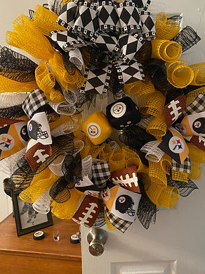 Steelers Dice Wreath
