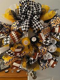 Steelers Wreath