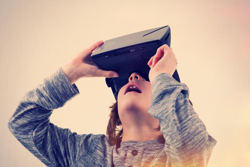 Boy discovers virtual reality