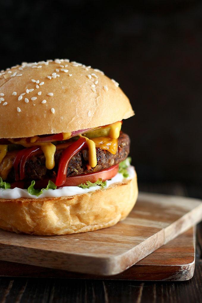 vegan black bean mushroom burger