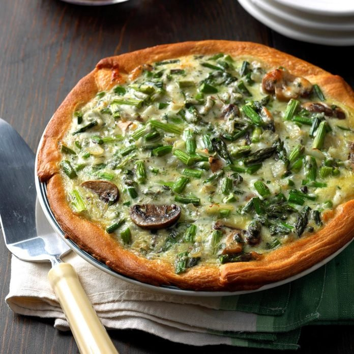 mushroom asparagus quiche for breakfast, lunch or dinner