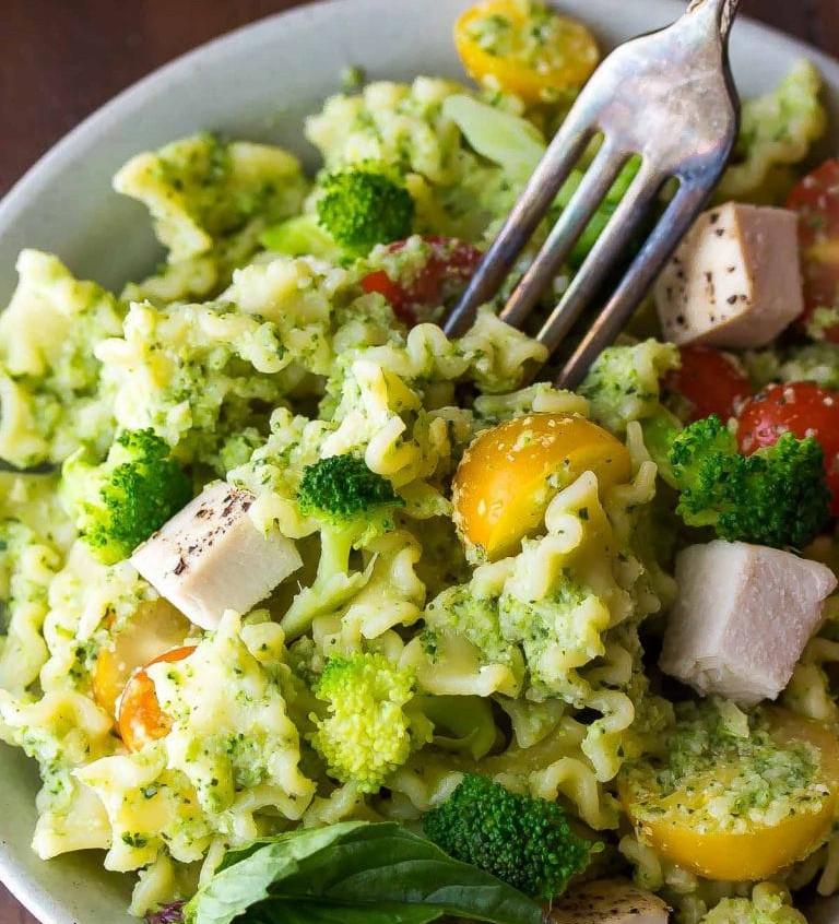 Almond-broccoli-pesto-pinTEXT-768x1536