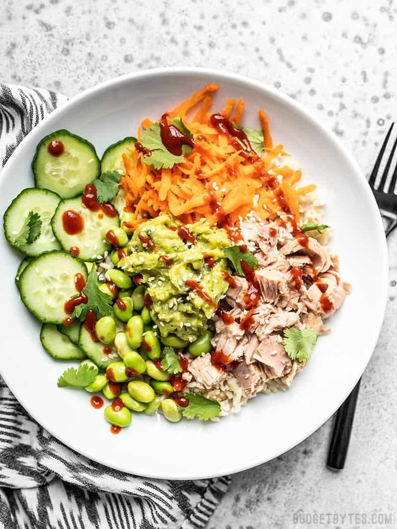 spicy tuna guacamole bowl
