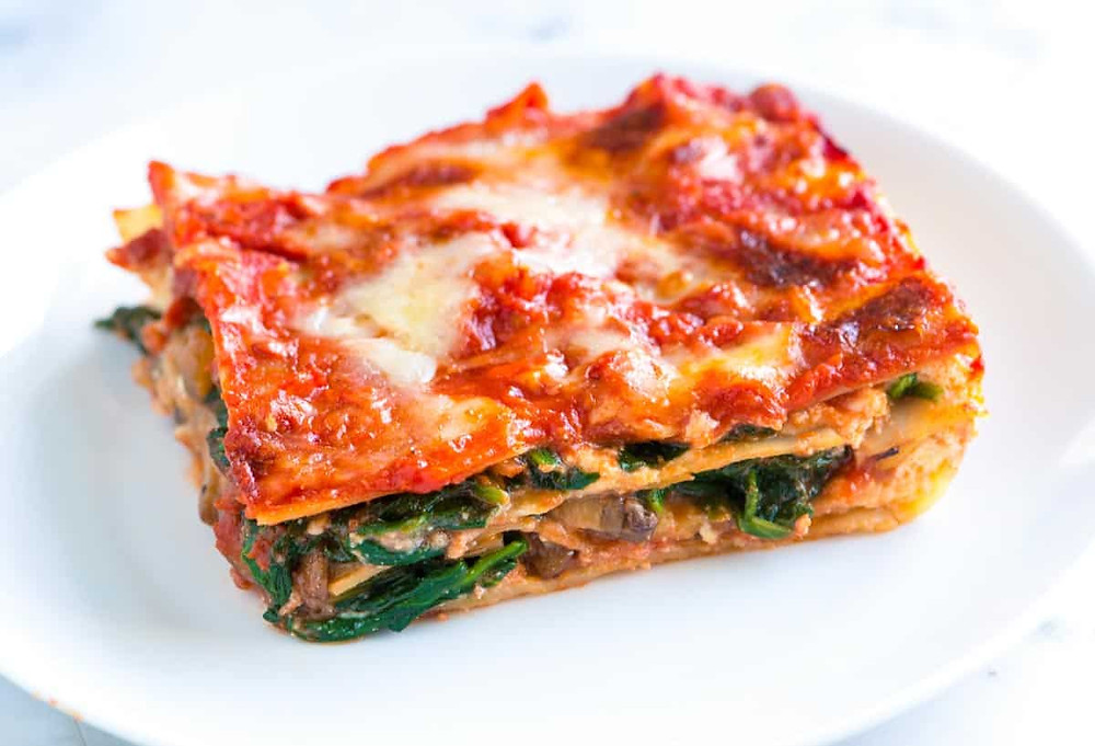 healthy spinach mushroom lasagna is full of fiber to help promote a healthy gut