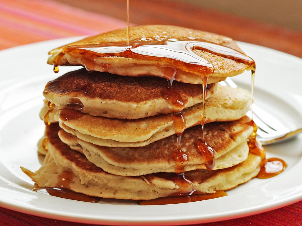 vegan pancakes with aquafaba