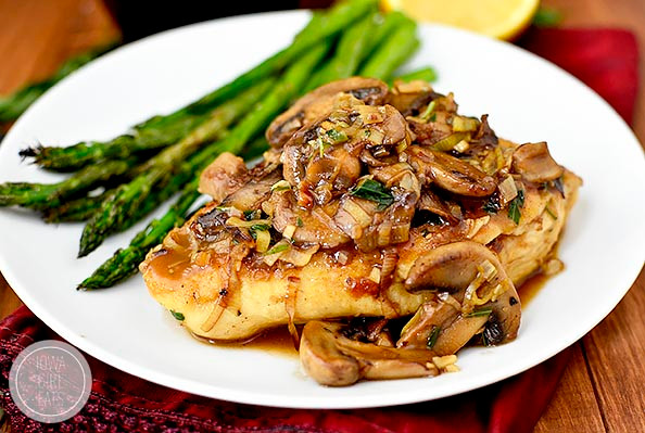 chicken with mushrooms and leeks is a tasty and gut healthy dinner option