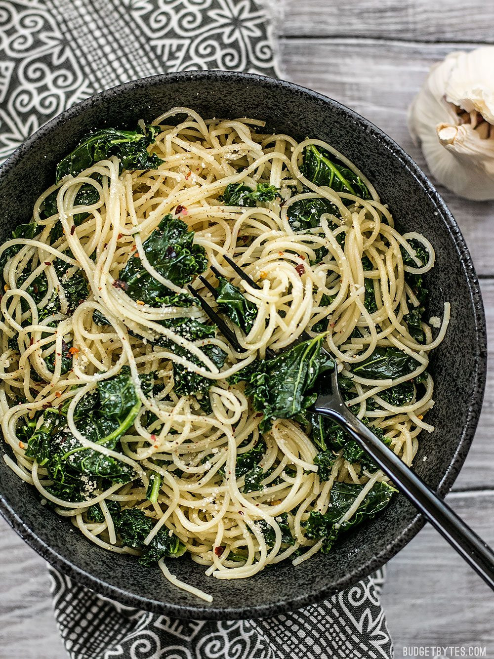 garlic Parmesan kale pasta in a bowl