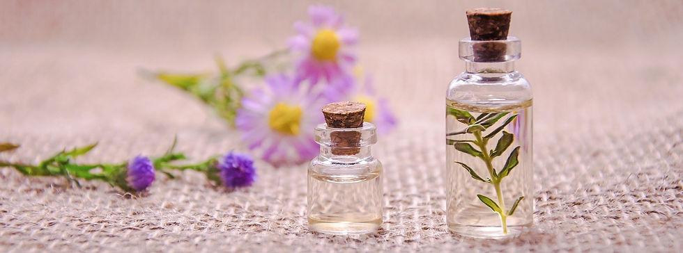 photo huiles essentielles.jpg