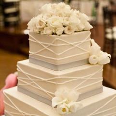 Cserfalvi Wedding Cake (7).jpg