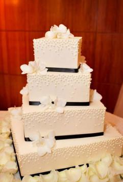Cserfalvi Wedding Cake (6).jpg