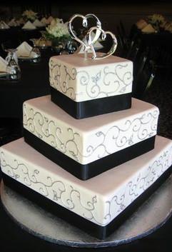 Cserfalvi Wedding Cake (10).jpg