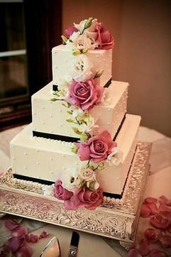 Cserfalvi Wedding Cake (17).jpg