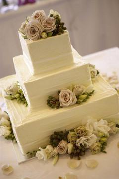 Cserfalvi Wedding Cake (12).jpg