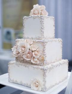 Cserfalvi Wedding Cake (5).jpg