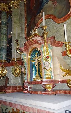 Altar klein.jpg