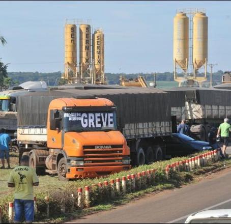 Nova greve dos caminhoneiros está marcada para a próxima quarta-feira