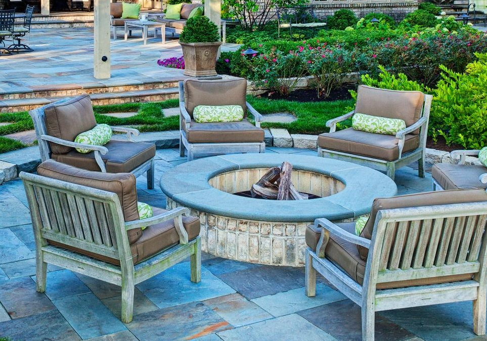 06-classic-garden-pit-design-outdoor-idea-for-fireplace-homebnc
