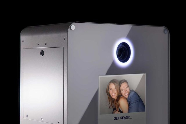photo-booth-led-ring-right-flashing-port