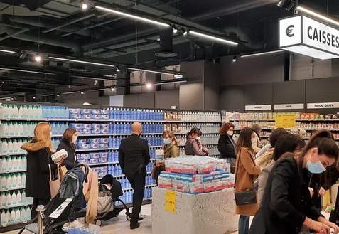 Ouverture de la plus grande Pharmacie d'Europe à Saint-Laurent-du-Var