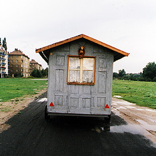 Wandering hut