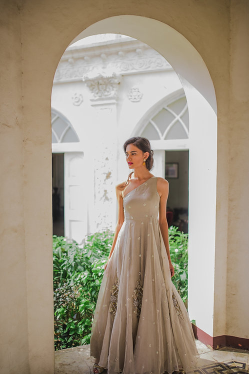 SILVER-GRAY SINGLE SHOULDER GOWN