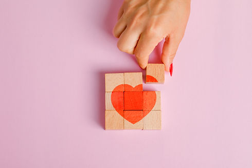 relationship-concept-flat-lay-finger-pul