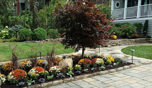 Annual beds, potscapes and seasonal gardens are part of our landscape maintenance.